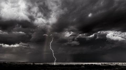 bw-dark-stormy-sky-lightning-footage-043916794_iconl.jpg