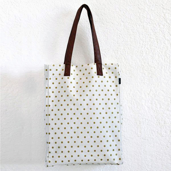 maika gold heart bag.jpg