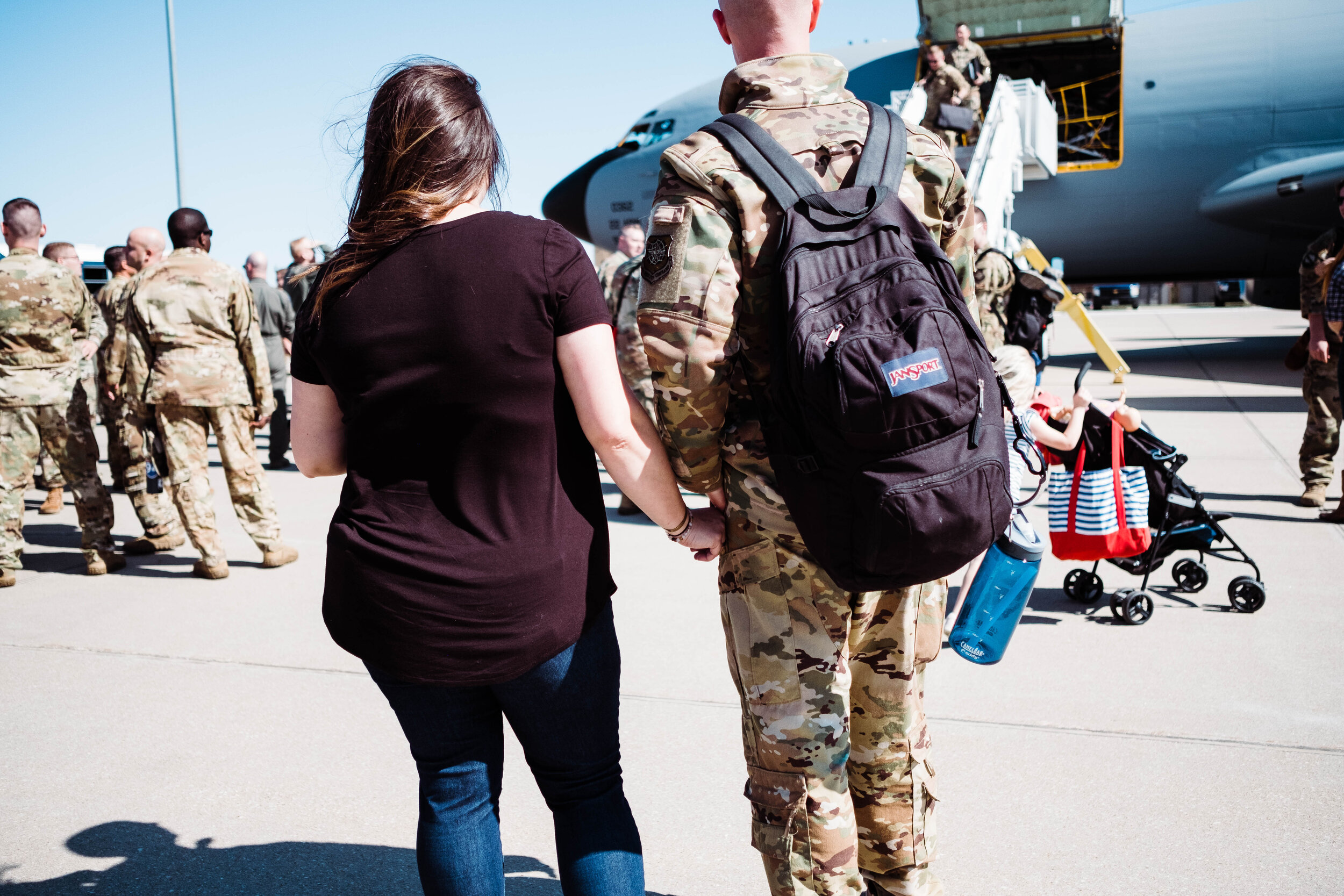 weeks_deployment_homecoming_©seekevingophotography2019-41.jpg