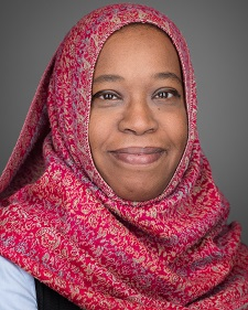 Dr. Arig Ibrahim Hashim is a researcher at Moffitt Cancer Center and started pursuing her PhD in Fall 2018 co-advised by Richards & Professor Joel Brown (UIC & Moffitt). She is interested in the role of epigenetics in ecology and evolution and how this informs diagnosis and treatment of cancers.