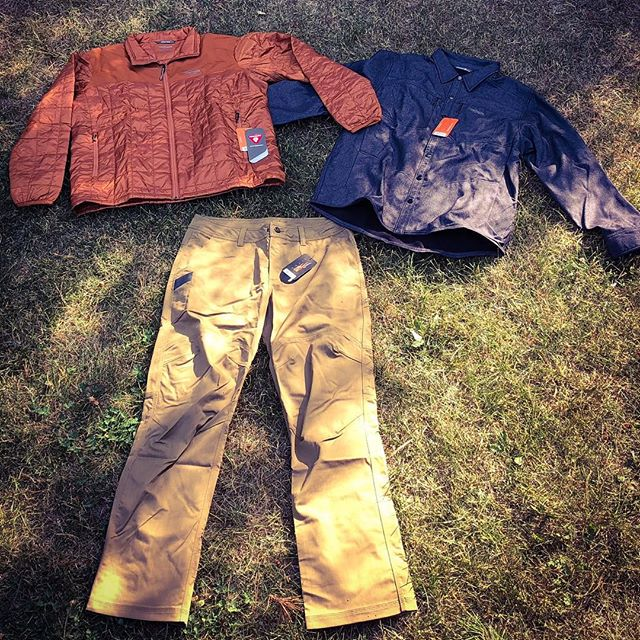 The new Training-Travel-Workwear lines from @sitkagear are pretty amazing!  I am in love with the Highland Overshirt and the Back Forty Pants are solid!  Not cold enough for the Lowland Jacket yet!  They have so many options it is hard to choose a favorite!  @sitkagear @mattmccormick05