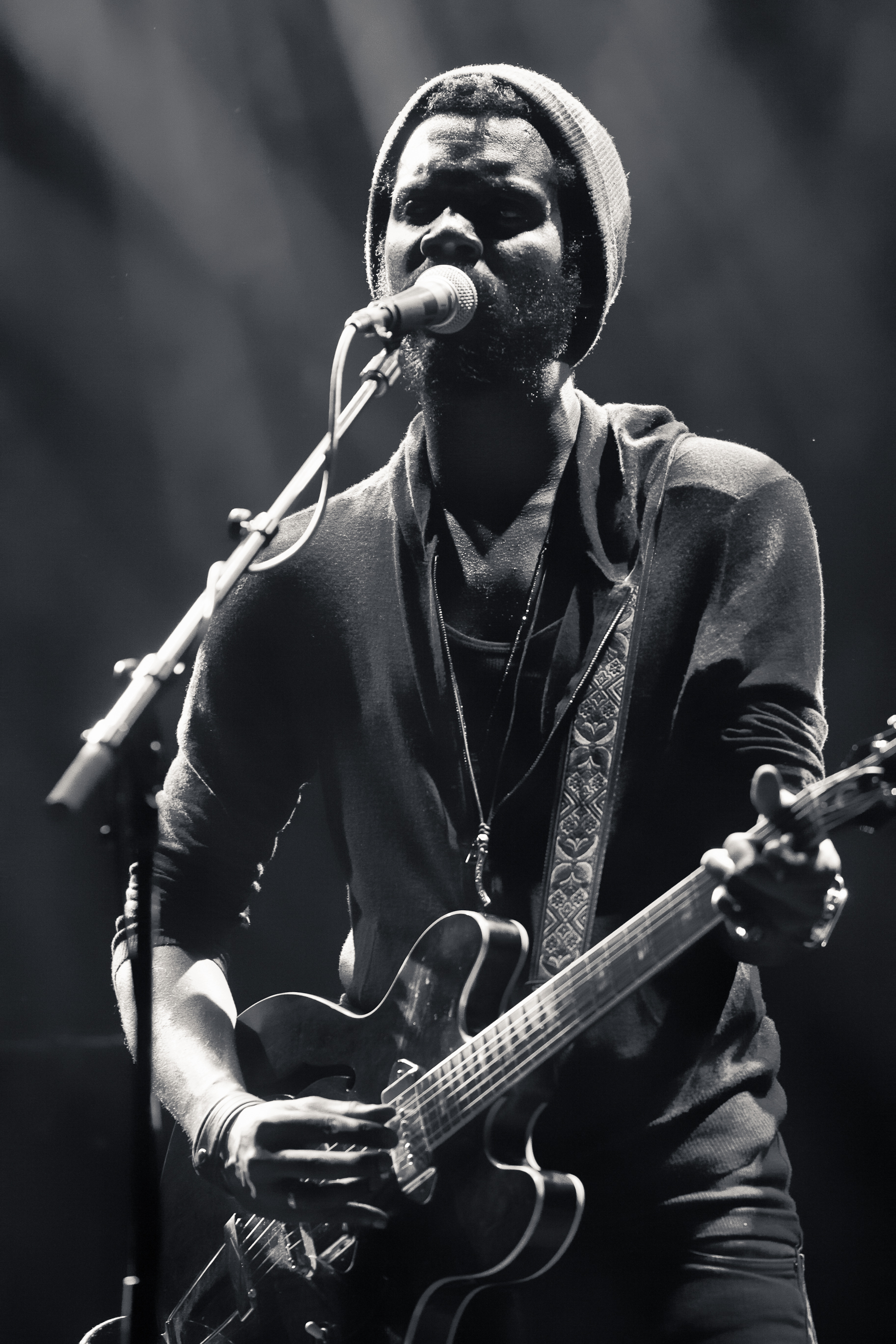 Gary Clark Jr. wailing away (Photo Credit: Blake Gavaldon)