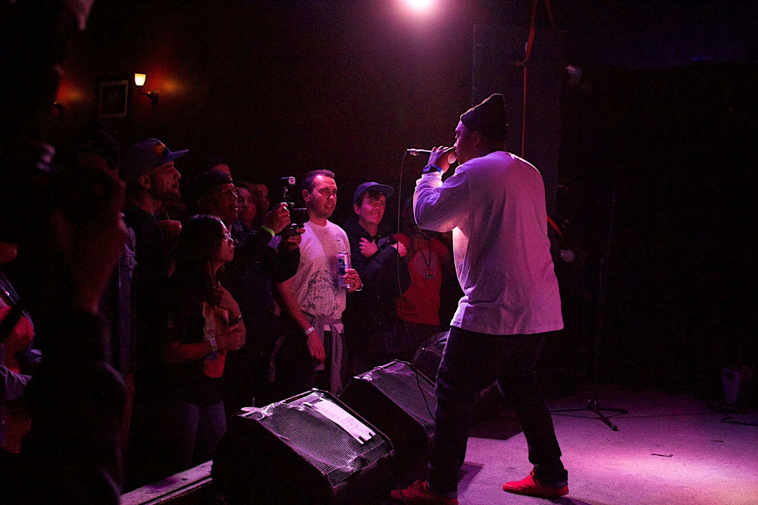 FL rocking the mic (Photo Credit: Robert Castro)