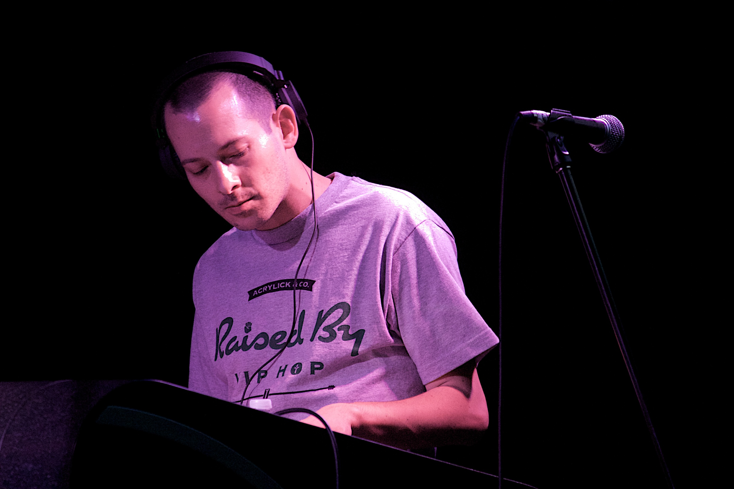DJ Low Key curated the awesome night of hip hop (Photo Credit: Robert Castro)