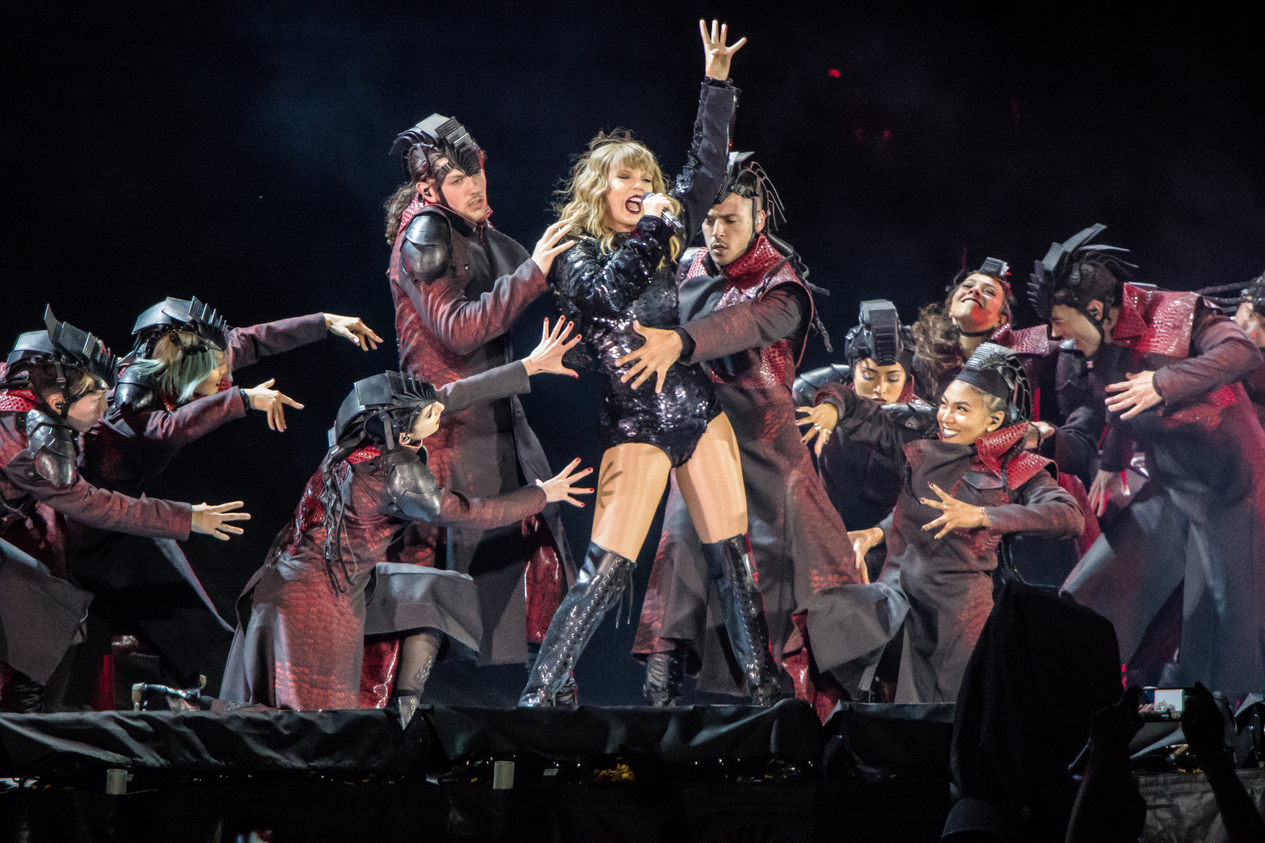 Taylor Swift Dazzles During Her Reputation Tour In Denver