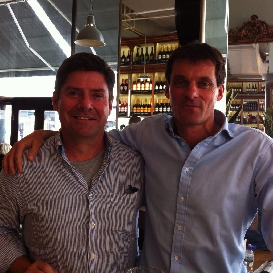 I was thrilled to be able to catch up for a 3Para reunion lunch with my great mate Bill. Just like old times!