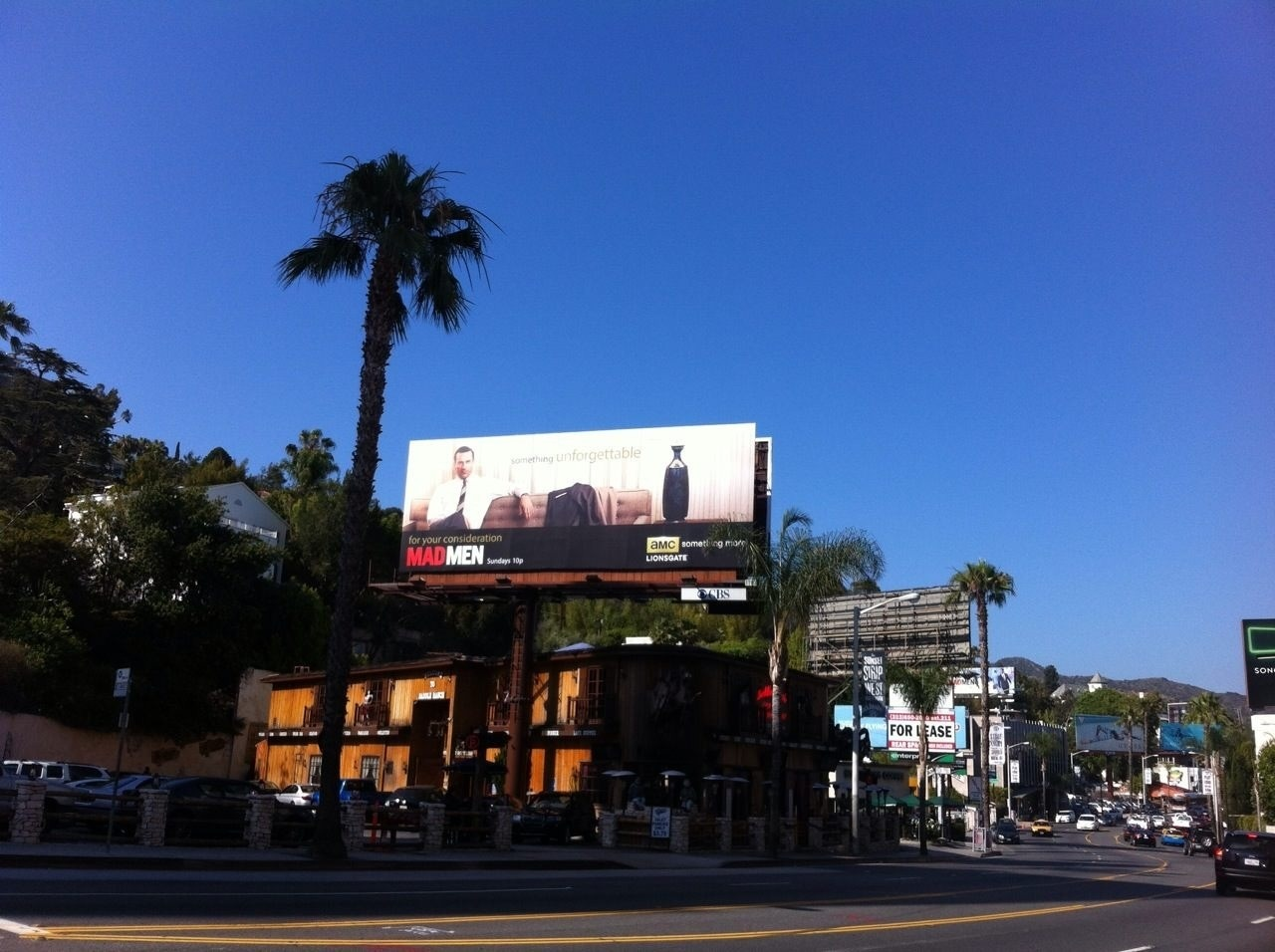 Don is looking across Sunset Boulevard to my hotel so at least I can't get lost!