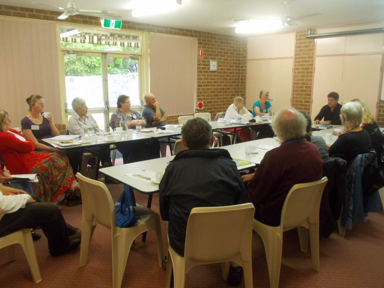Lake Macquarie Fellowship of Australian Writers meeting with Chris Allen best-selling thriller writer in 2013.