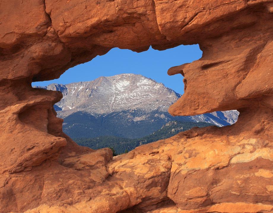 Pikes Peak From Garden of the Gods.jpg