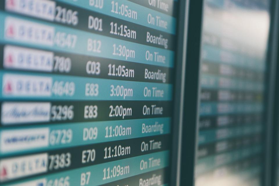Colorado Springs Airport Info