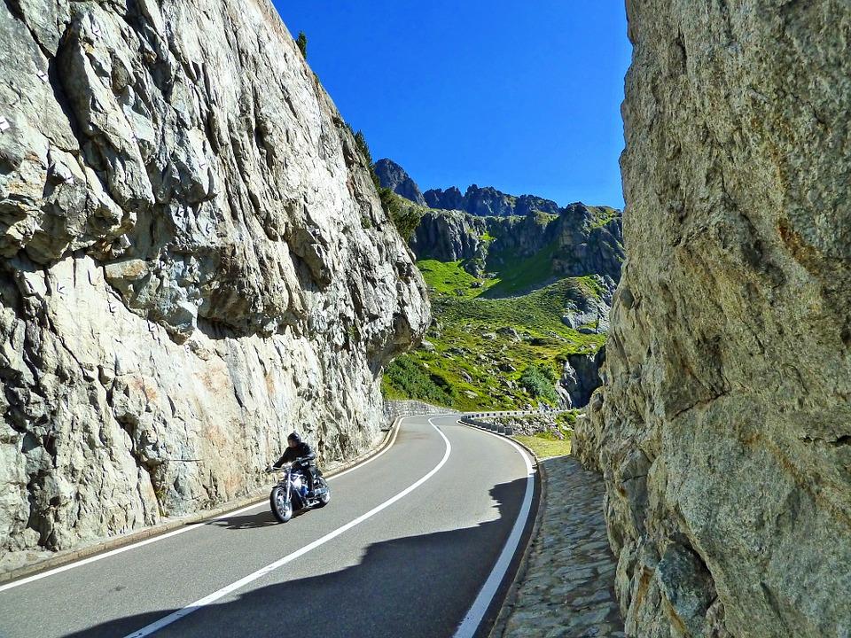 Motorcylce in Pikes Peak