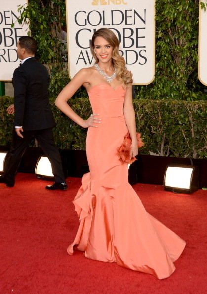 Jessica Alba in strapless Oscar De Le Renta. Harry Winston Necklace.