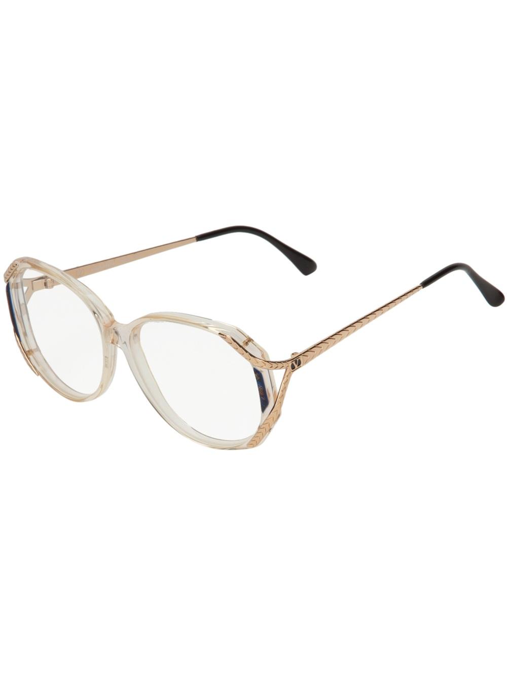 Valentino Vintage Contrast Arm Sunglasses $210.05   FARFETCH.COM