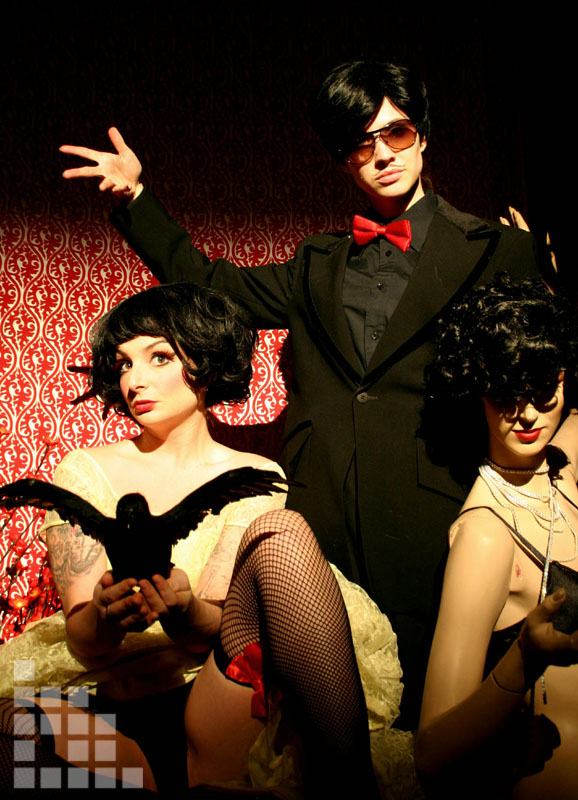 Le Crow Show Trio.