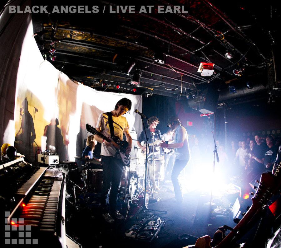 blackangels3earl.jpg