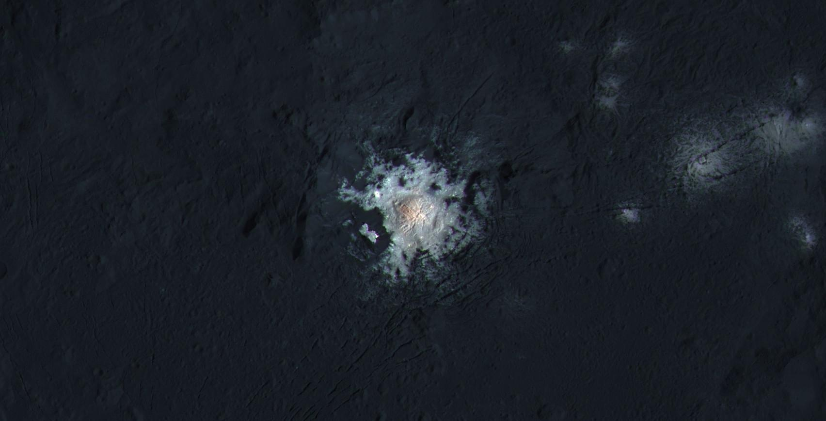 Click to expand this picture of the Occator Crater...