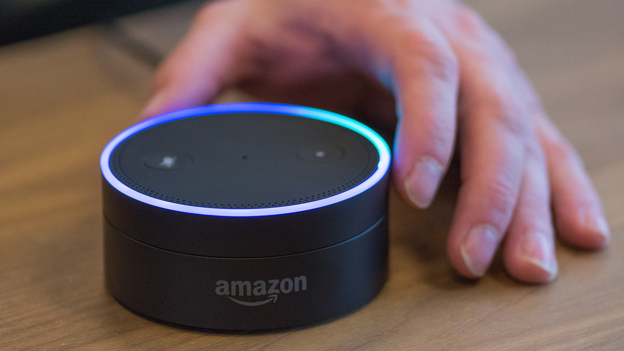£15 off Amazon Echo Dot -