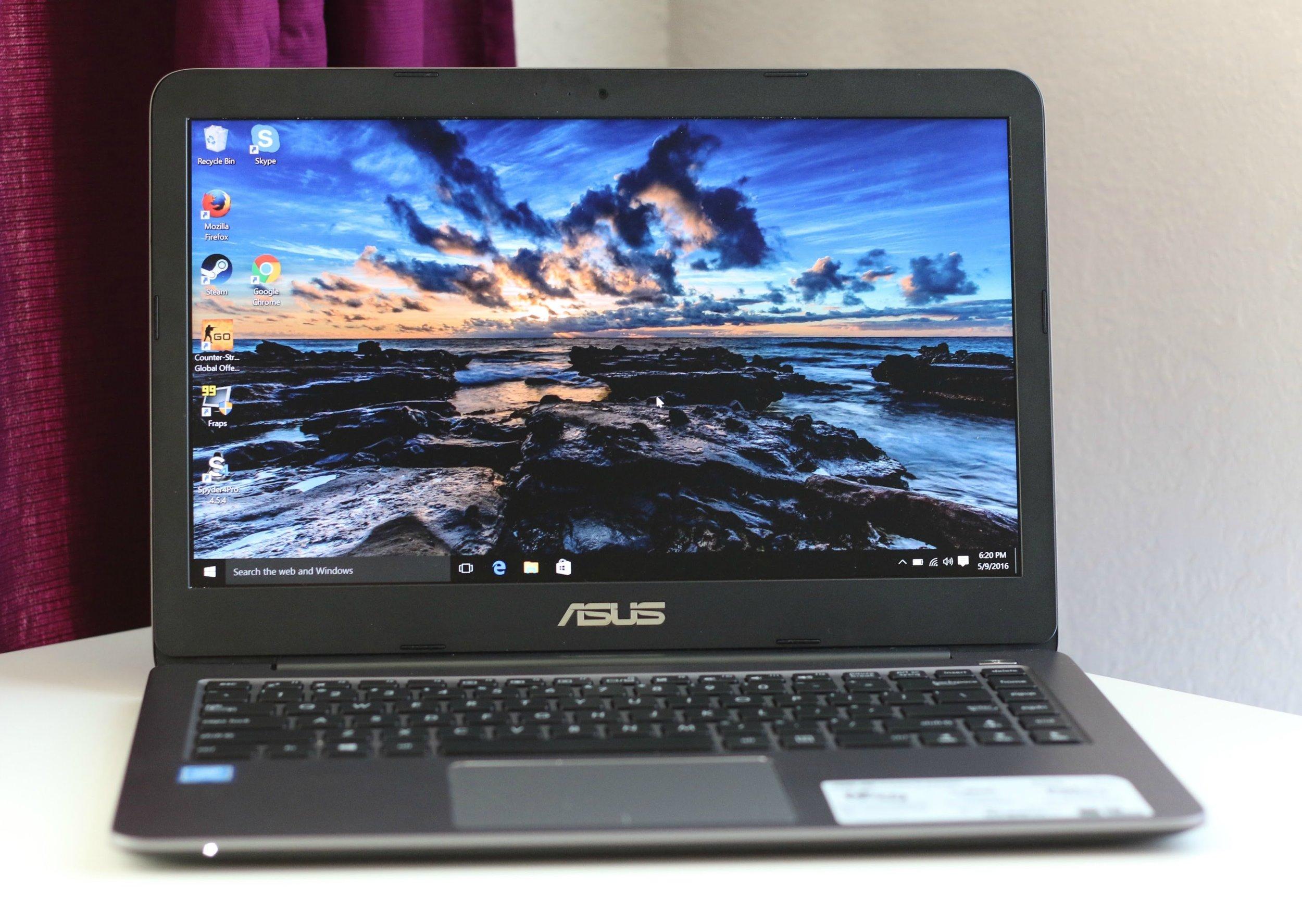 ASUS Vivobook - £199