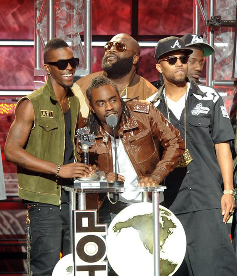 Wakaflockaflame+BET+Hip+Hop+Awards+2011+Show+rzn3MlSEO4bl.png
