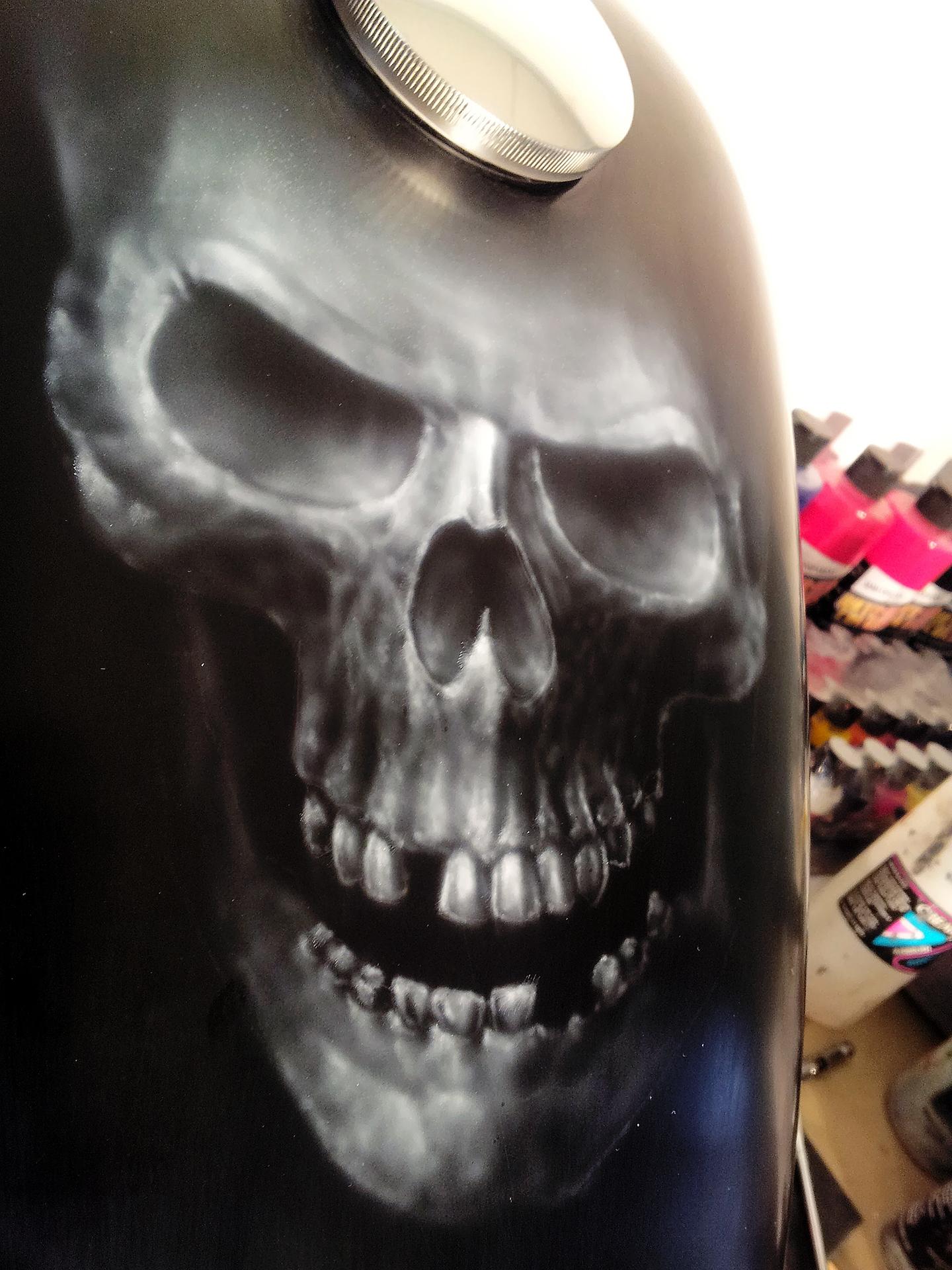 skull_tank.jpg