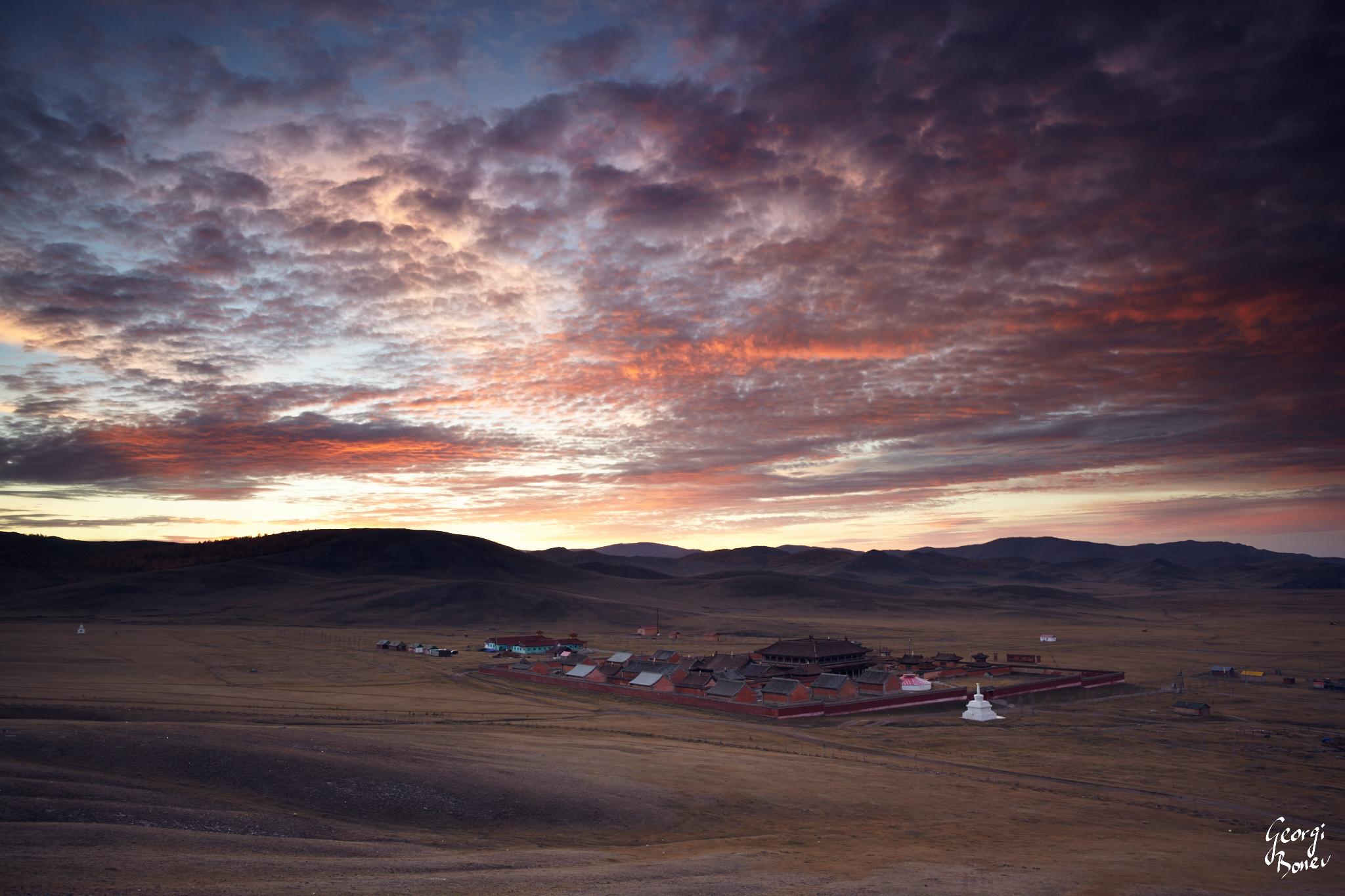 TWILIGHT ABOVE AMARBAYASGALANT MONASTERY, MONGOLIA