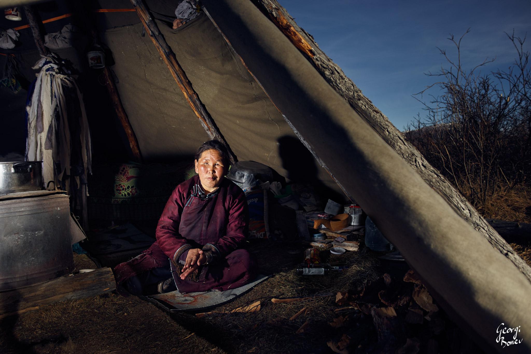 SHAMAN TSETSE IN HER TEEPPE, TSAATAN CAMP, MONGOLIA