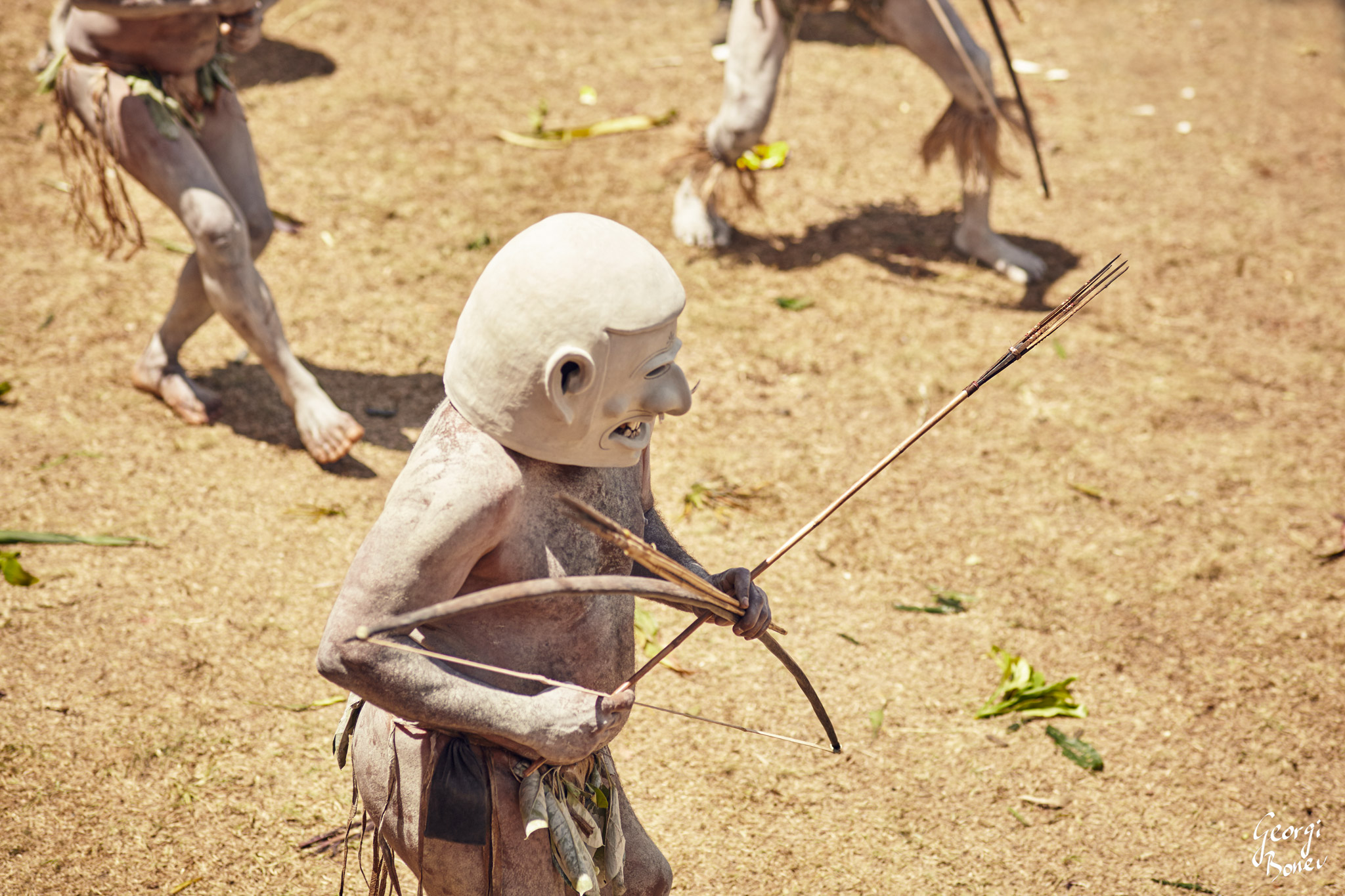 ASARO MUDMEN AT SING-SING DANCE IN PAPUA NEW GUINEA