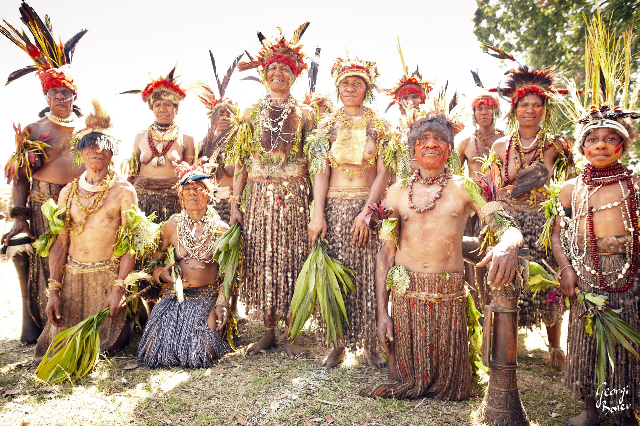 ATRIGU TRIBE IN PAPUA NEW GUINEA