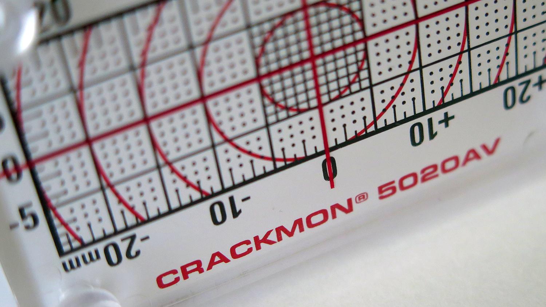 crackmon-5020av-crack-monitor.jpg