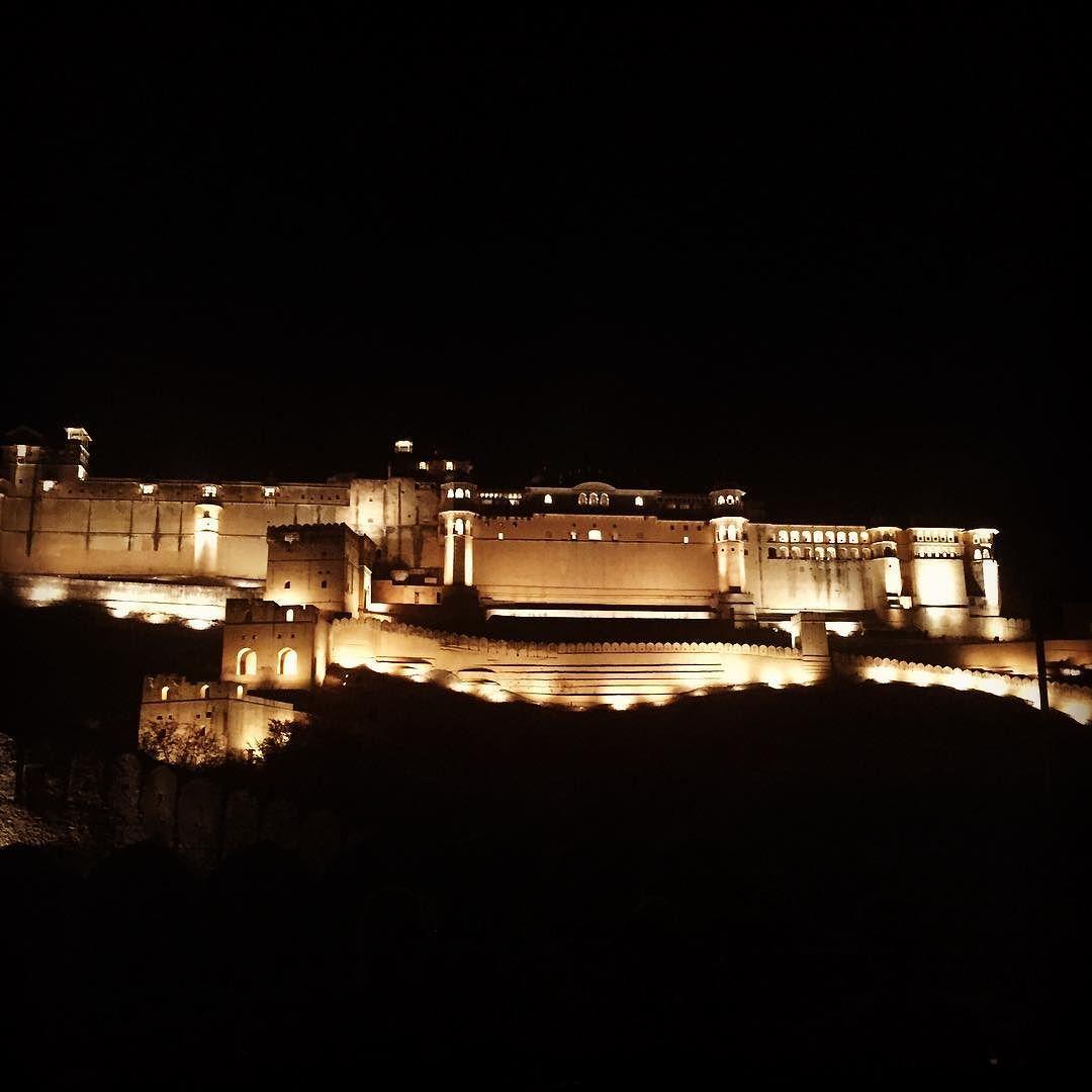 Light show in Jaipur, India. 👍🏻  http://ift.tt/1U1kdUl