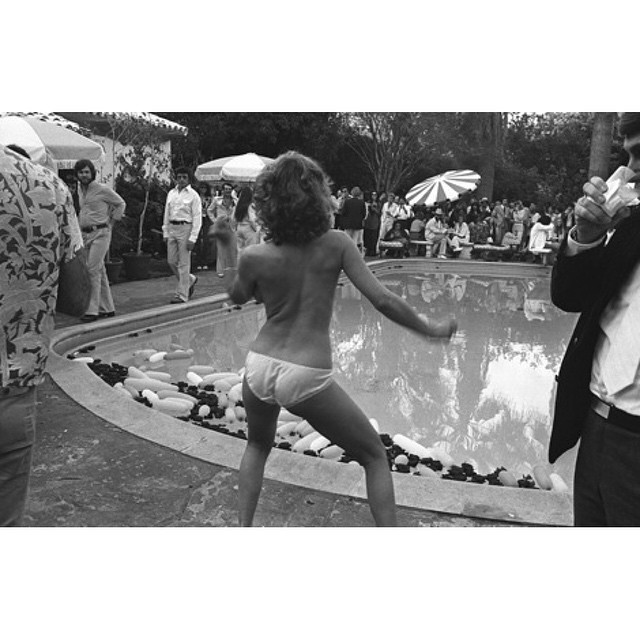 Don't forget to get down. #HappySaturday 📷 @bradelterman, 1977. by impossiblecool  http://ift.tt/1KOSmjV