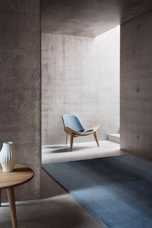 urbnite :      Shell Chair by Hans Wegner