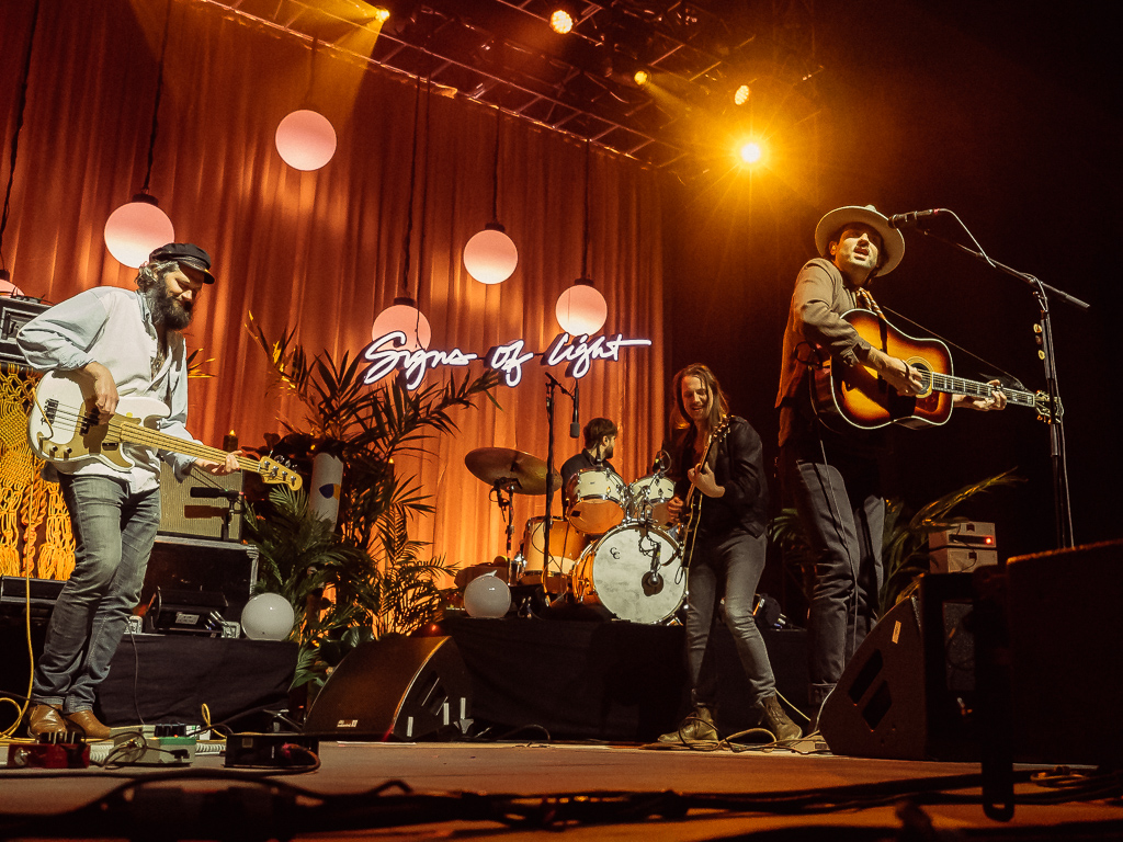 the_head_and_the_heart_greek_theater_20161008-13.jpg