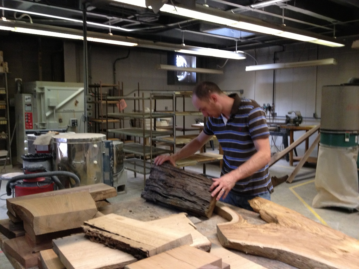 Wood delivery/donation to UNA's Sculpture/Certamics department.