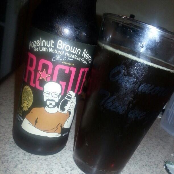 Rogue Hazelnut Brown Nectar vía @Alexnationpr en Instagram