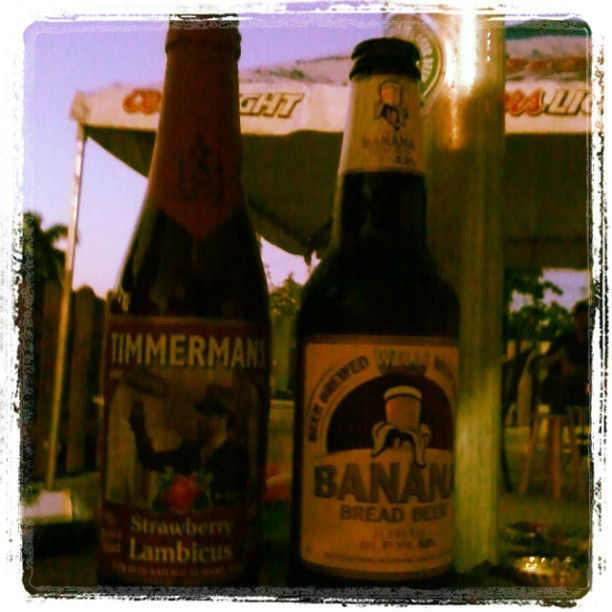 Timmermans Strawberry Lambicus y Banana Bread Beer vía @jexlyjay en Instagram