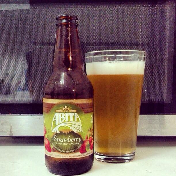 Abita Strawberry Harvest Lager vía @adejesus80 en Instagram