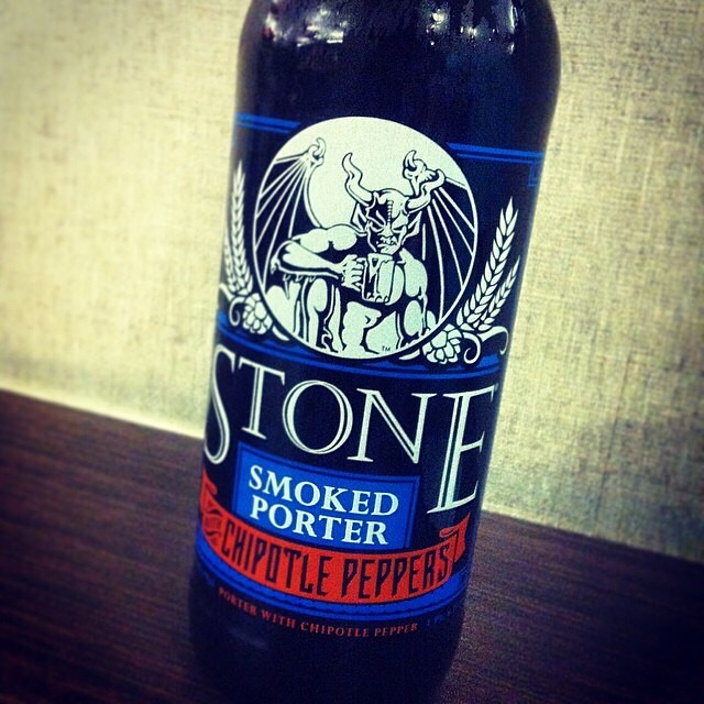 Stone Smoked Porter with Chipotle Peppers vía @lornajps en Instagram