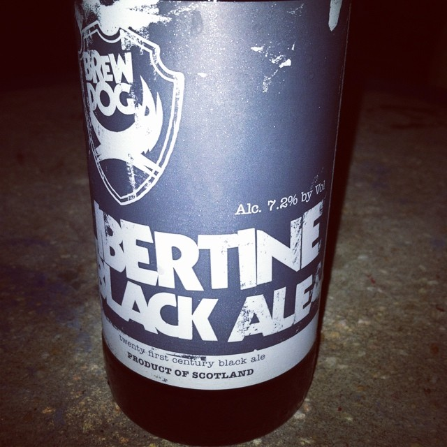 BrewDog  Libertine Black Ale vía @lifein_35mm en Instagram