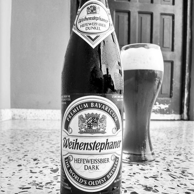 Weihenstephaner Hefeweissbier Dark vía @cracker8110 en Instagram