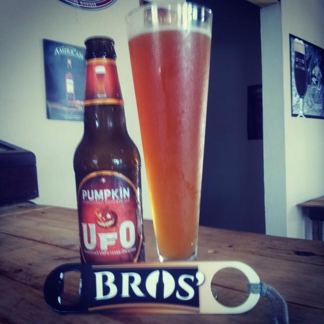 UFO Pumpkin vía @bros_brewhouse en Instagram