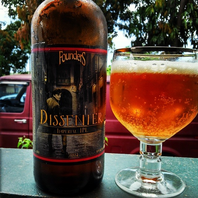 Founders Dissenter Imperial IPA vía @cracker8110 en Instagram