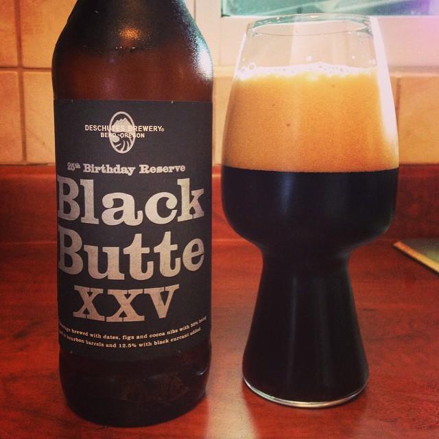 Deschustes Black Butte XXV Imperial Porter vía @ramonesbrew en Instagram