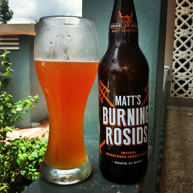 Matt's Burning Rosids Imperial Cherrywood Smoked Saison vía @cracker8110 en Instagram