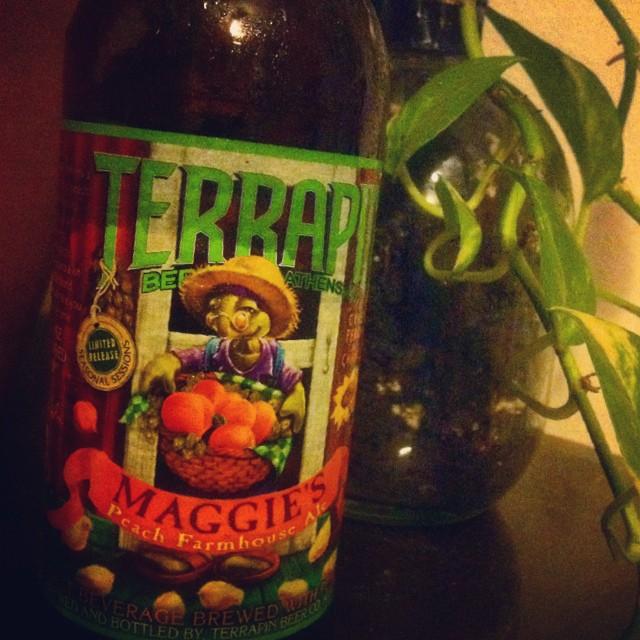 Terrapin Maggie's Peach Farmhouse Ale vía @lornajps en Instagram