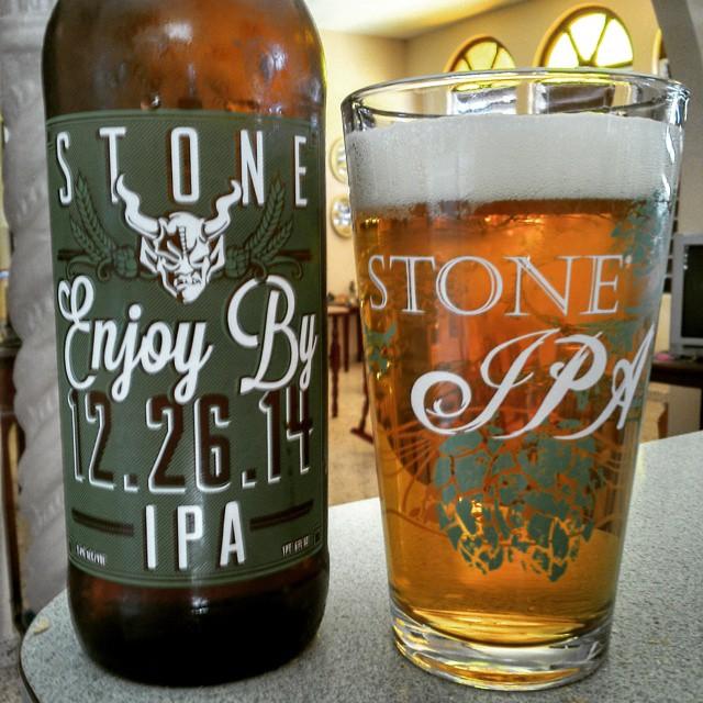 Stone Enjoy By 12.26.14 vía @cracker8110 en Instagram