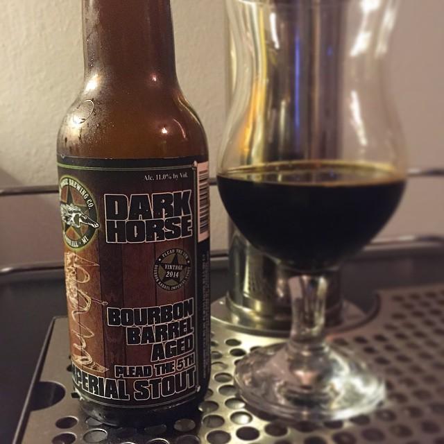 Dark Horse Bourbon barrel aged Plead the 5th vía @j_sanmurphy en Instagram