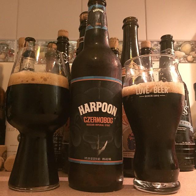 Harpoon Czernobog Russian Imperial Stout vía @dehumanizer en Instagram
