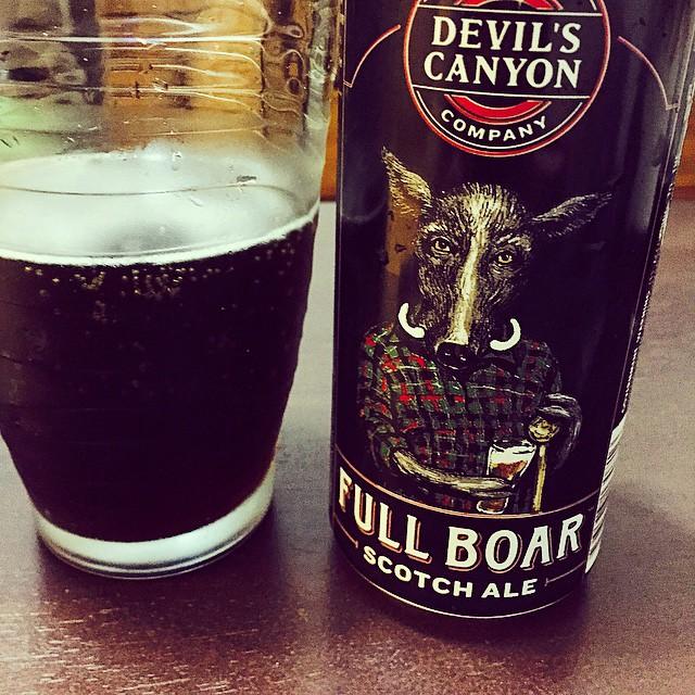 Devil's Canyon Full Boar Scotch Ale vía @viedans_35mm en Instagram