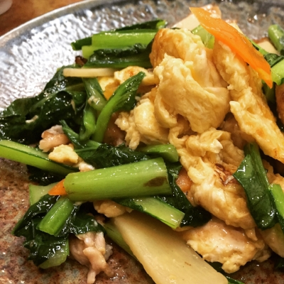 Pork with fluffy egg and greens stir fry
